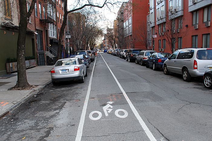 2nd-street-bike-lane-12312007
