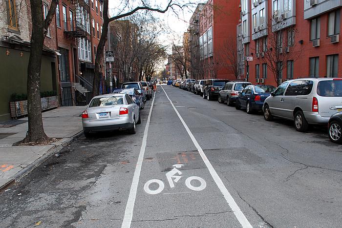 2nd-street-bike-lane-12312007